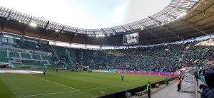 Czy polskie kluby piłkarskie zostaną bez zawodników w lipcowych meczach ligowych ?